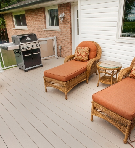 Clubhouse-Decking-10